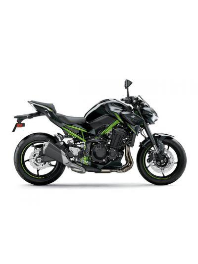 Kawasaki Z900 (2022)