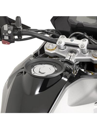 GIVI BF31 podkev Tanklock za BMW G 310 R / G 310 GS (2017 - )